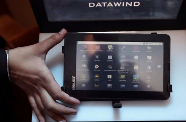Now You Can Buy Aakash Tablet Online For Rs.2500