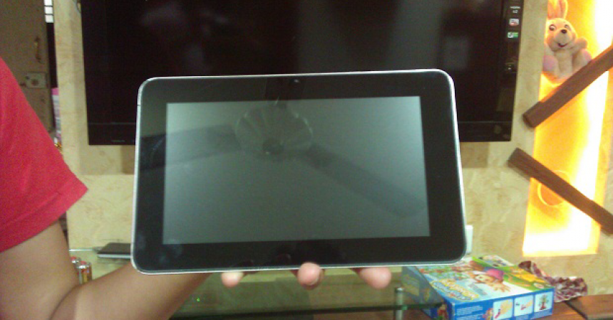 Swipe Float X78 Android Tablet Hands On Review – Budget Android ICS Tab!