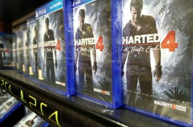 Fans Attend Midnight Launch To Start Nathan Drake's Latest Adventure