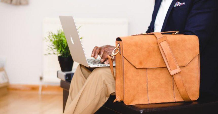 5 Degree Programs That Use Innovative Technology