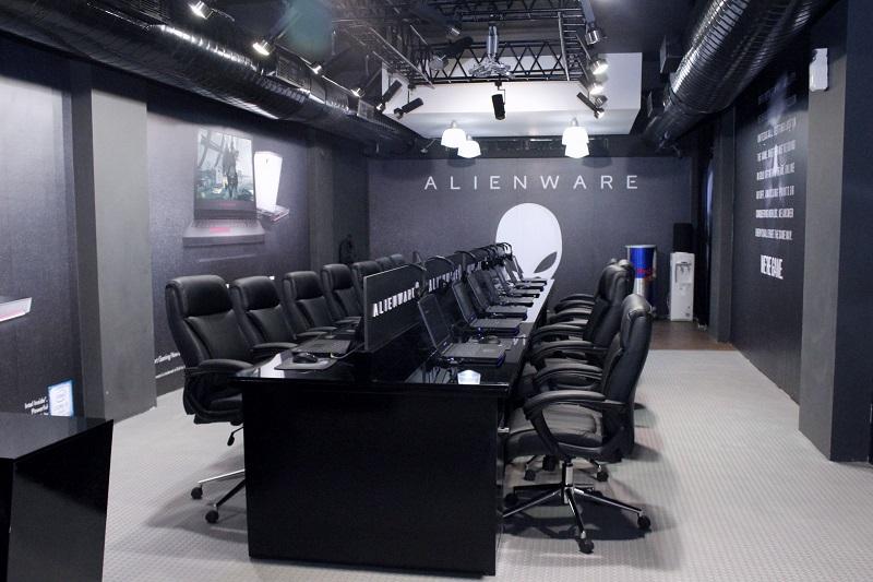 dell alienware gaming zone