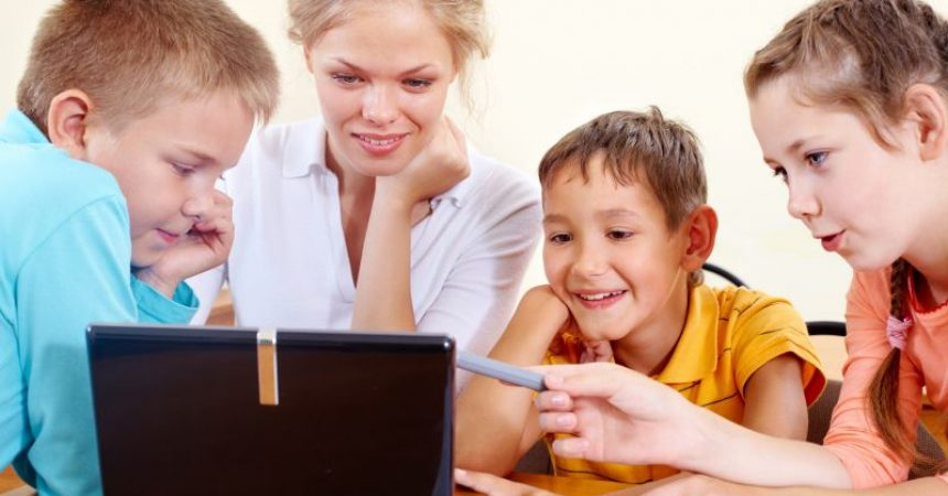 4 Tips for Helping Your Child Succeed in Online Learning
