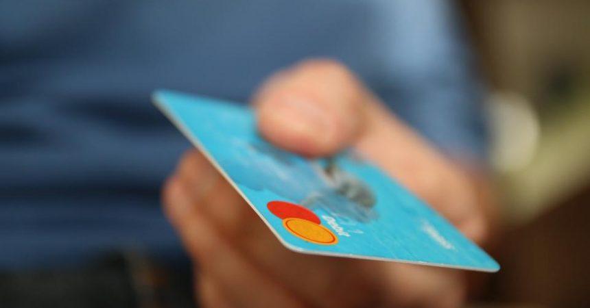Scandinavia's Cashless Society: Will The World Follow Suit?