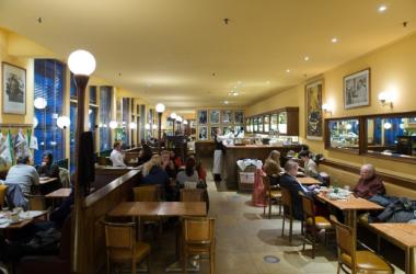 Let Modern Technology Power Your Restaurant